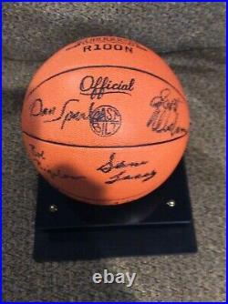 1976-77 Kansas City Kings Autographed Basketball