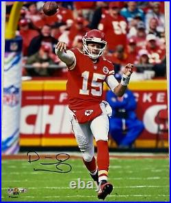 Kansas City Chiefs Patrick Mahomes Signed 16x20 Photo Fanatics Hologram