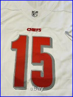 Patrick Mahomes Kansas City Chiefs Autographed Chiefs White NFL Jersey Coa