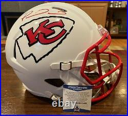 Patrick Mahomes Signed Kansas City Chiefs Flat White Full Size Helmet Beckett 1