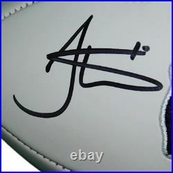 Tyreek Hill Autographed Kansas City Chiefs Logo Football (Beckett)